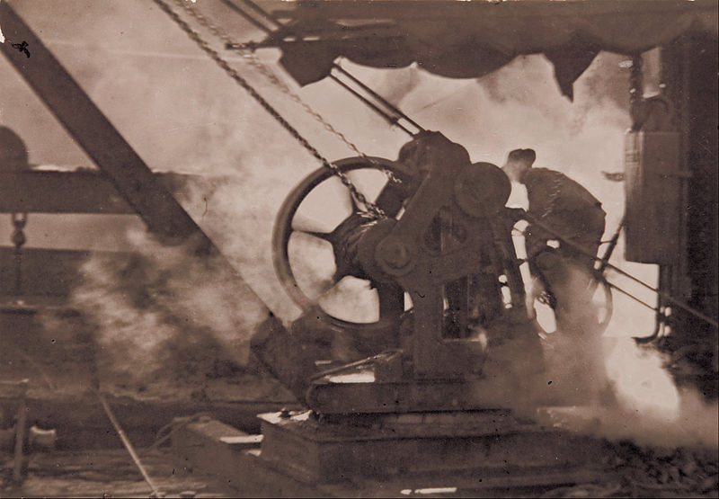 800px-Tom_H__Stoward_-_The_steam_winch_-_Google_Art_Project