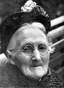 Emily Samson, Old age in the New World Wellcome. (Kilde: Wikimedia commons)